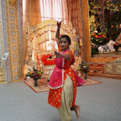 Kuchipudi Dance (Intermediate)